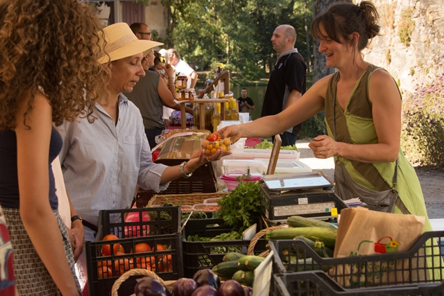 marché beaulieu sur dordogne